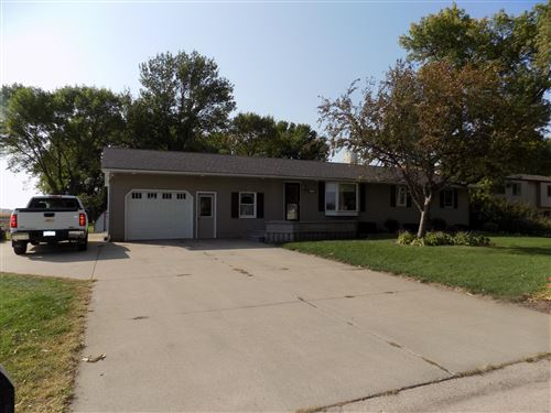 Photo of 333 S Central Avenue, Truman, MN 56088 (MLS # 5663365)