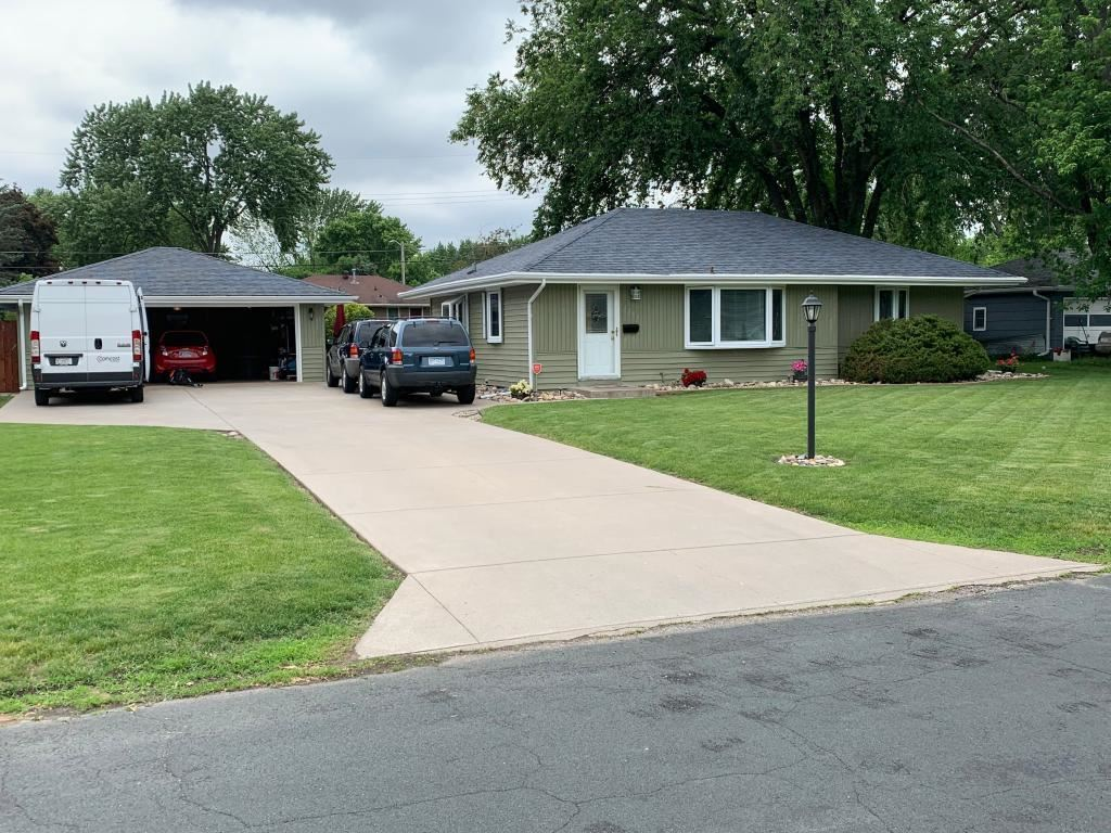 8848 10th Avenue S, Bloomington, MN 55420 - MLS#: 5475368