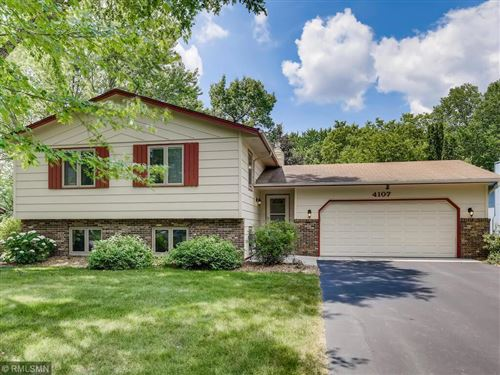 Photo of 4107 Victoria Street N, Shoreview, MN 55126 (MLS # 6096370)