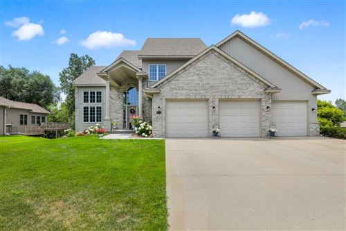 Photo of 6447 N Trappers Crossing, Lino Lakes, MN 55038 (MLS # 6007371)