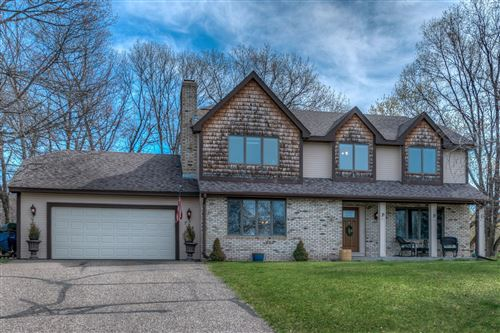 Photo of 724 Woodcrest Drive N, North Hudson, WI 54016 (MLS # 5742375)