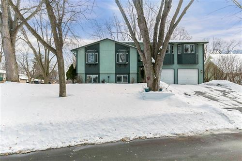 Photo of 13401 94th Avenue N, Maple Grove, MN 55369 (MLS # 5483381)