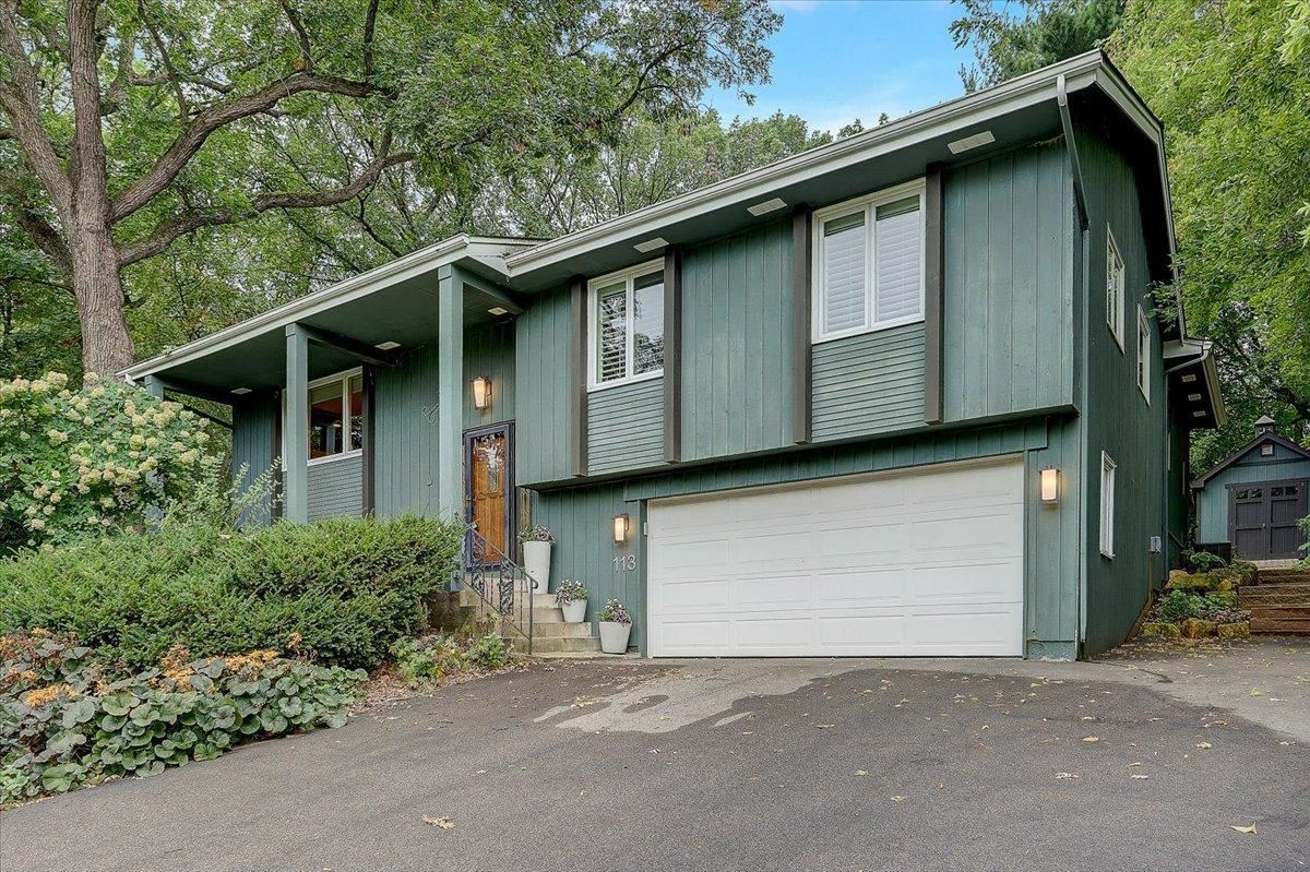 Photo of 113 Sweetwater Drive, Apple Valley, MN 55124 (MLS # 6096381)