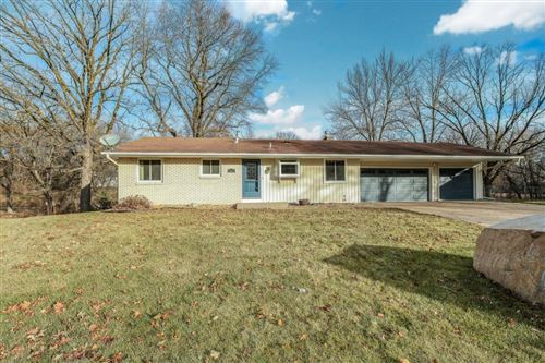 Photo of 5777 138th Street Court, Apple Valley, MN 55124 (MLS # 5333382)