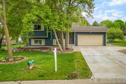 Photo of 560 Independence Avenue, Chaska, MN 55318 (MLS # 5564385)