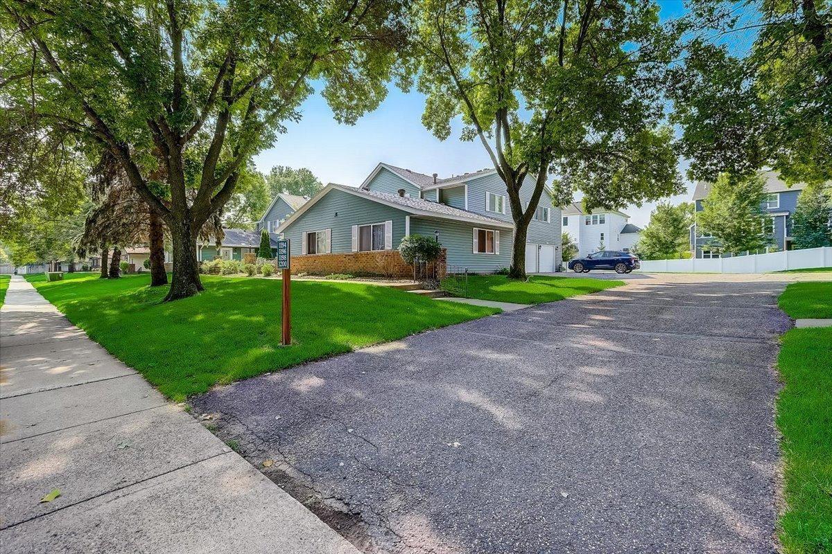 1196 W Royal Oaks Drive, Shoreview, MN 55126 - MLS#: 6023389