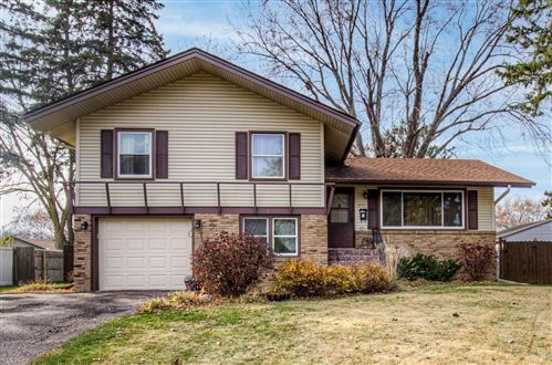 Photo of 6933 Brunswick Avenue N, Brooklyn Park, MN 55429 (MLS # 5683392)
