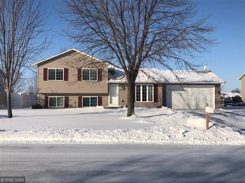 Photo of 812 Heritage Trail, Belle Plaine, MN 56011 (MLS # 5347394)