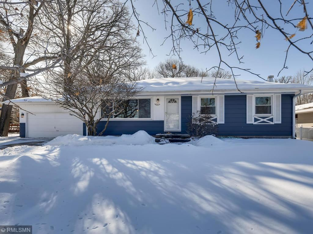 Photo for 6601 75 - 1/2 Ave. N, Brooklyn Park, MN 55428 (MLS # 5543397)