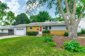 Photo of 614 Park Valley Drive E, Hopkins, MN 55343 (MLS # 5252402)