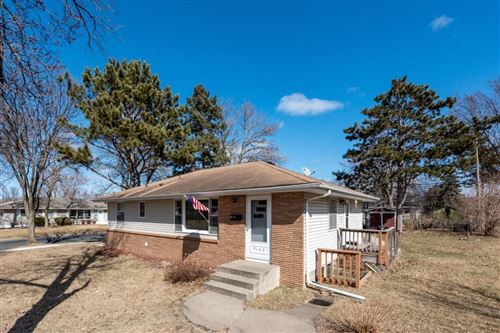 Photo of 7142 Grimes Avenue N, Brooklyn Center, MN 55429 (MLS # 5498402)