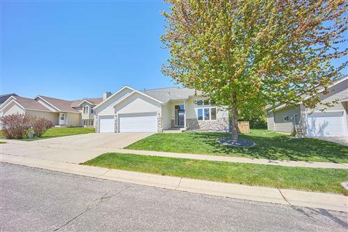 Photo of 3233 Lakeridge Drive NW, Rochester, MN 55901 (MLS # 5752411)