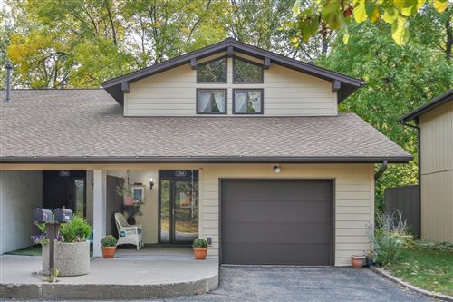Photo of 1764 McKnight Road N #16, Maplewood, MN 55109 (MLS # 5661422)