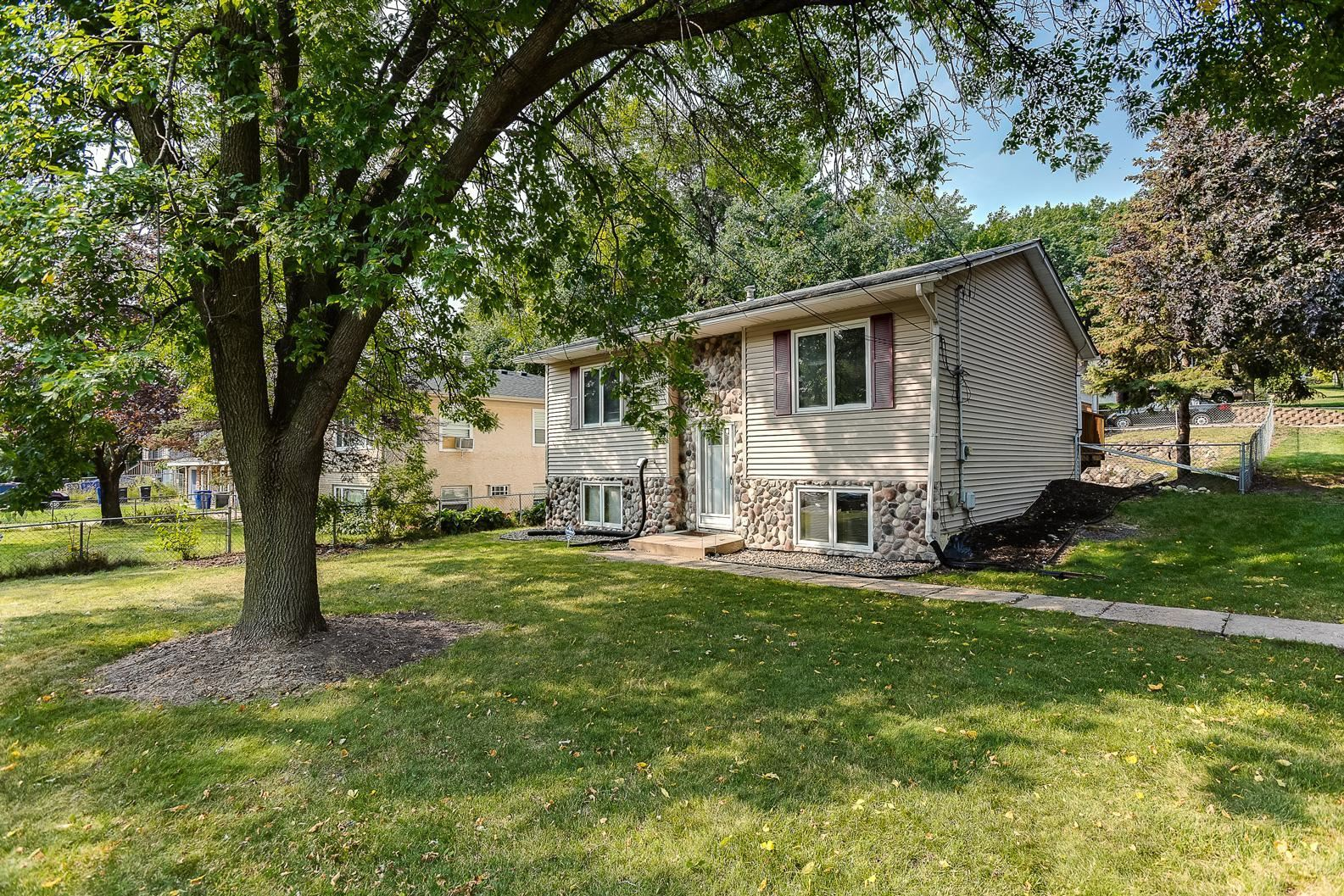 419 Van Dyke Street, Saint Paul, MN 55119 - MLS#: 5630424
