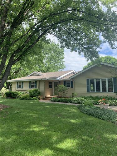 Photo of 772 Keokuk Lane, Mendota Heights, MN 55120 (MLS # 5509427)