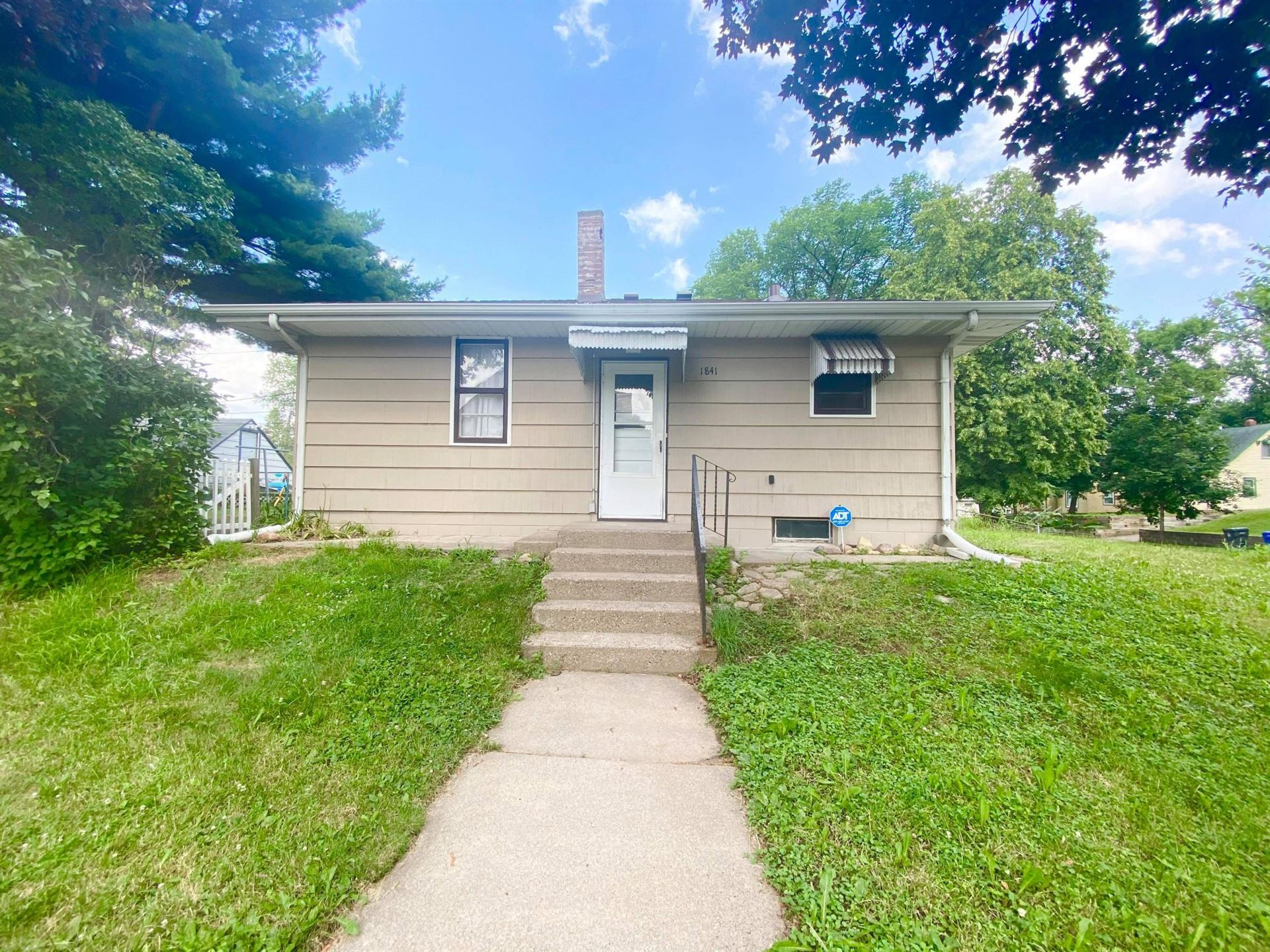 1841 Minnehaha Avenue E, Saint Paul, MN 55119 - #: 5621427