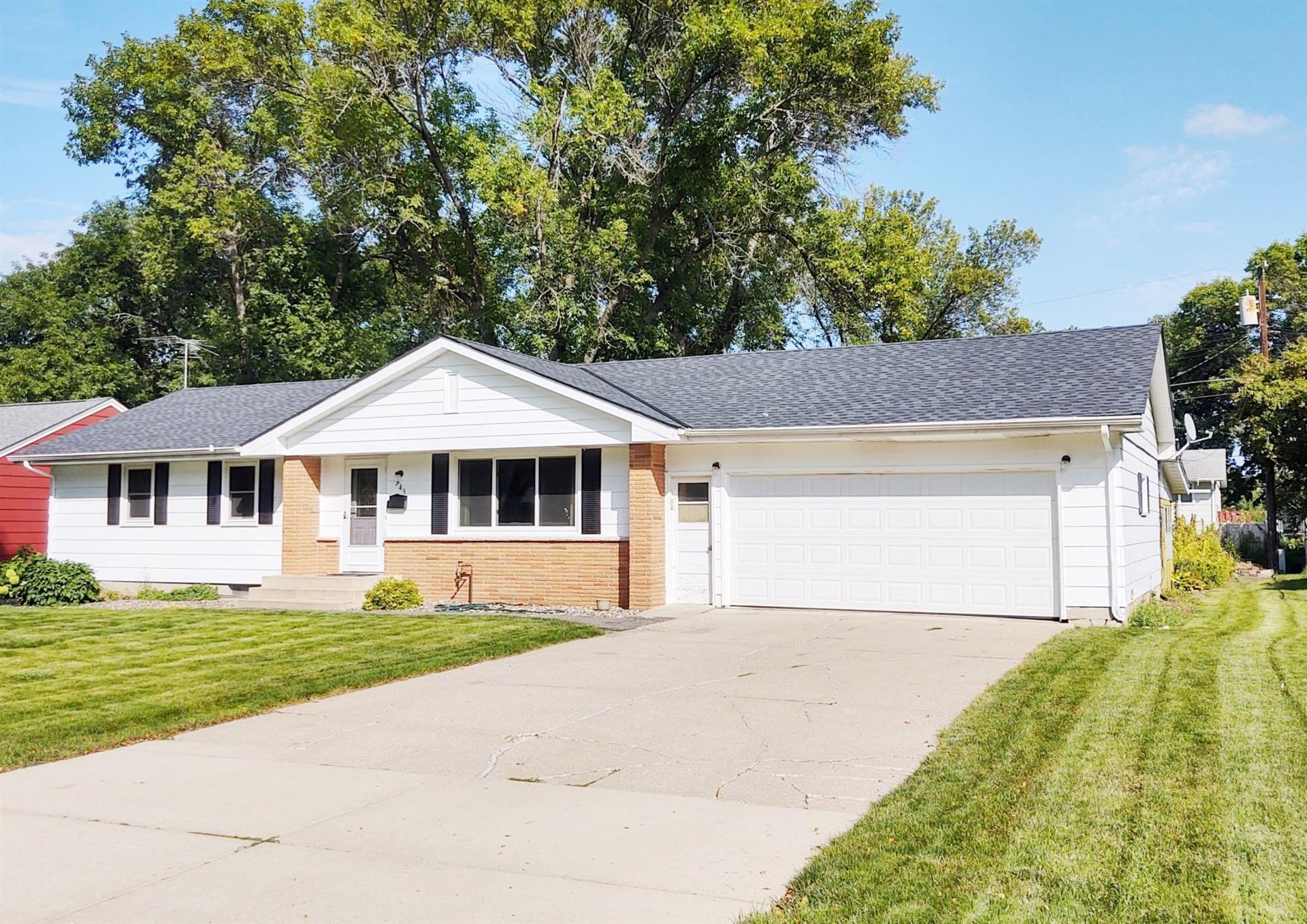 743 Jefferson Street S, Shakopee, MN 55379 - MLS#: 5656427
