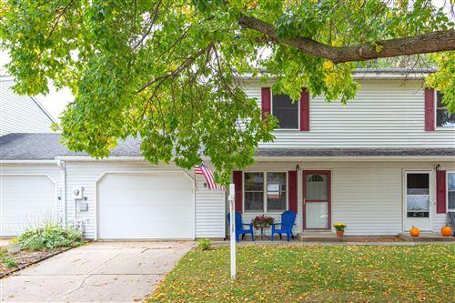 Photo of 879 W Village Circle SE, Rochester, MN 55904 (MLS # 5665428)