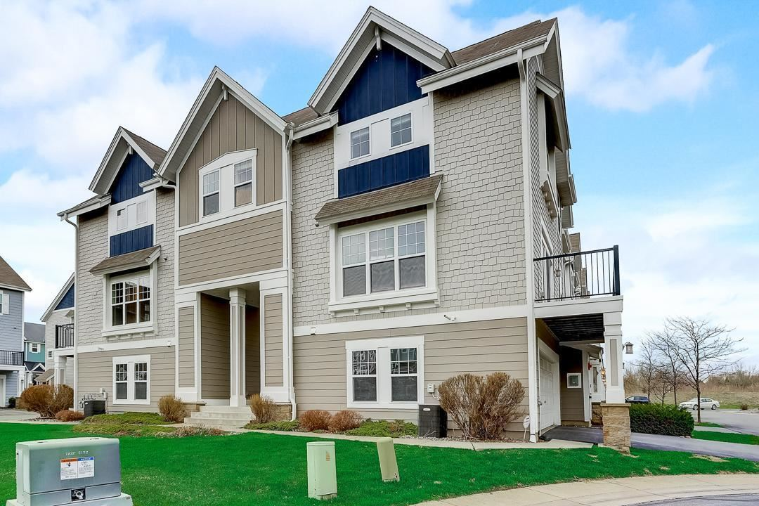 Photo of 15533 Eagle Shore Drive #806, Apple Valley, MN 55124 (MLS # 5737435)