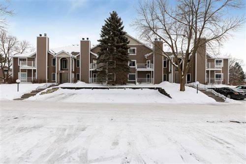 Photo of 754 County Road F W #E/905, Shoreview, MN 55126 (MLS # 5348455)