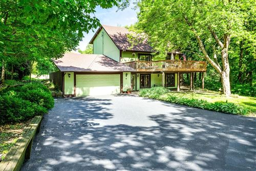 Photo of 249 Chicago Avenue N, Wayzata, MN 55391 (MLS # 5704460)