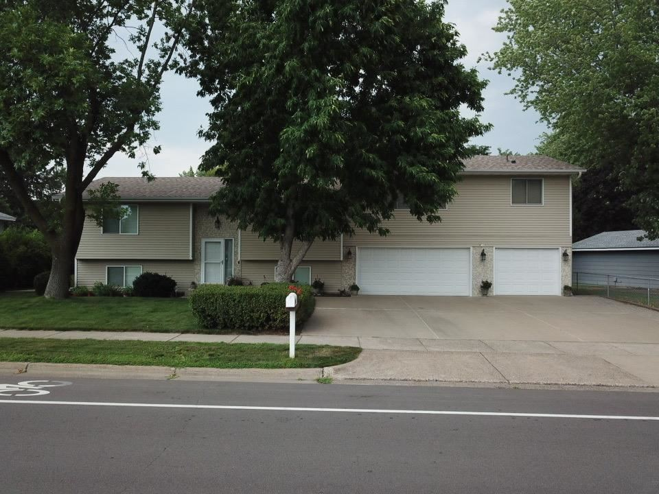 Photo of 6028 Candlewood Drive, Brooklyn Park, MN 55443 (MLS # 6073464)