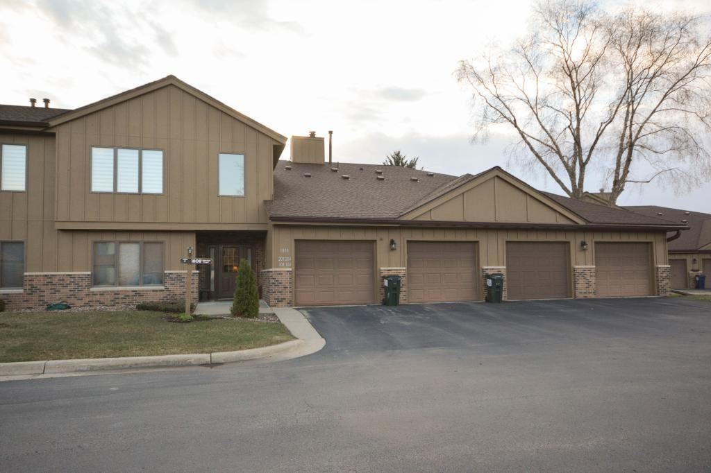 1808 Lakeview Court SW #104, Rochester, MN 55902 - #: 5490465