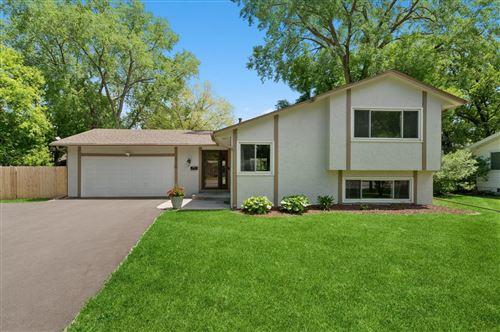 Photo of 1710 Winnetka Avenue N, Golden Valley, MN 55427 (MLS # 5762473)