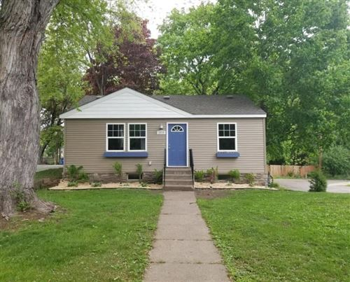 Photo of 2079 Margaret Street, Saint Paul, MN 55119 (MLS # 5572478)