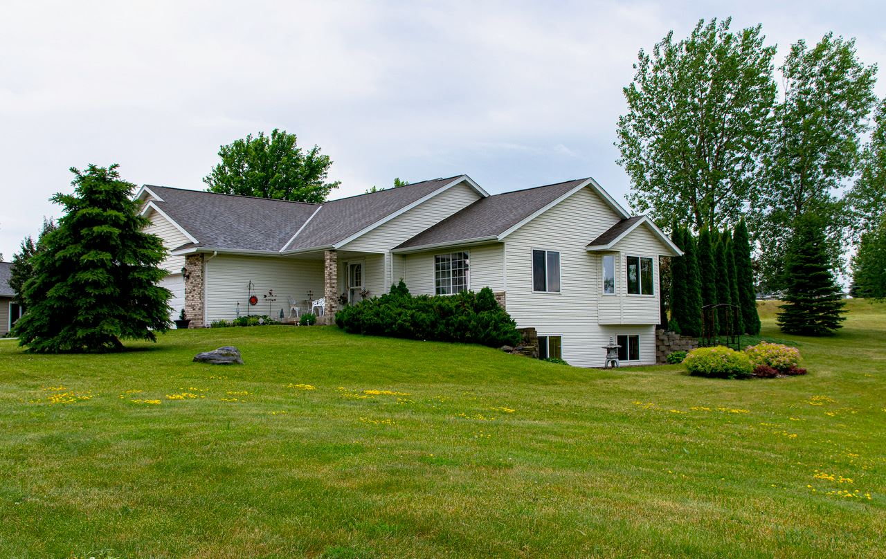 100 Shoreview Drive, Elysian, MN 56028 - #: 5610480