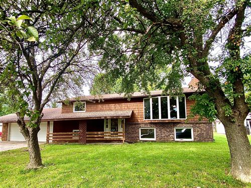 Photo of 807 E County Road N, Le Roy, MN 55951 (MLS # 6094497)