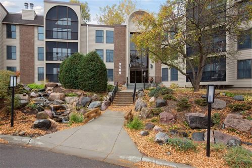 Photo of 9500 Collegeview Road #113, Bloomington, MN 55437 (MLS # 5674499)