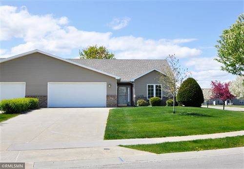 Photo of 6079 S Pointe Drive SW, Rochester, MN 55902 (MLS # 5751499)