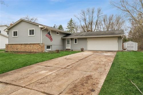 Photo of 10235 39th Avenue N, Plymouth, MN 55441 (MLS # 5736500)