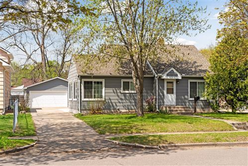 Photo of 4145 Yates Avenue N, Robbinsdale, MN 55422 (MLS # 5748507)