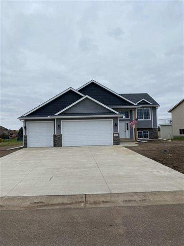 Photo of 1325 Carriage Hill Dr E, Hinckley, MN 55037 (MLS # 5733510)