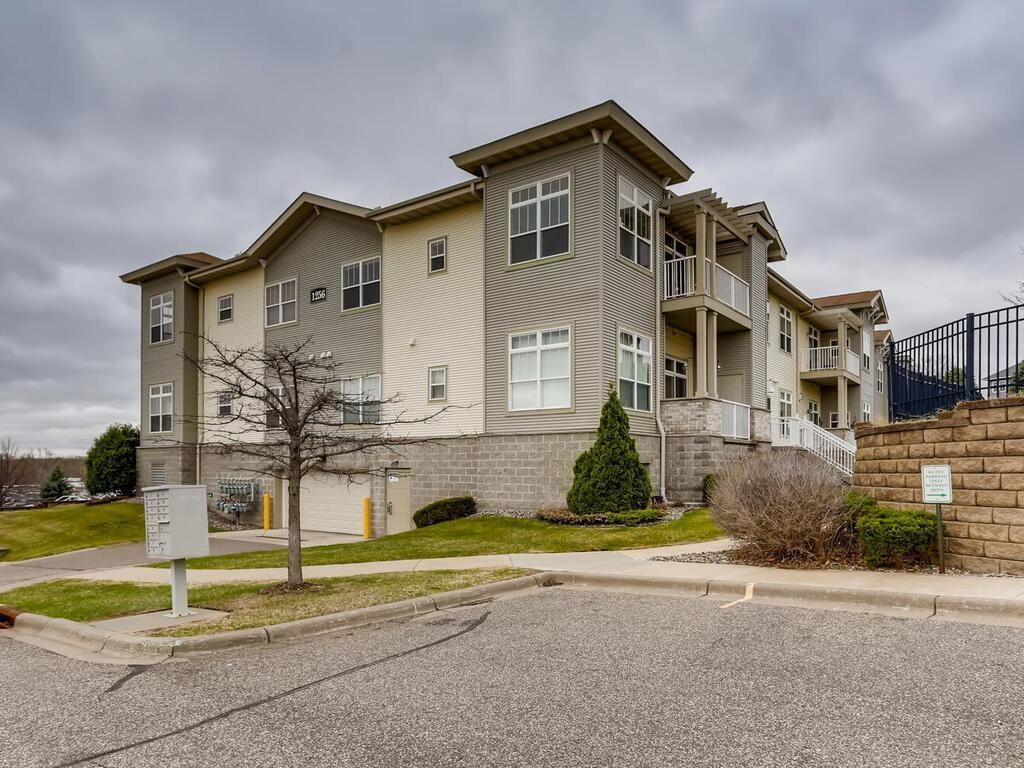 1256 County Road D E #206, Maplewood, MN 55109 - MLS#: 5725516