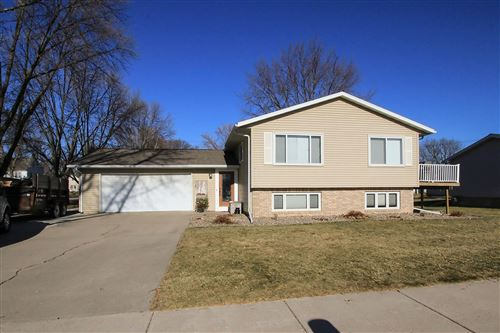 Photo of 320 Linden Street SW, Sleepy Eye, MN 56085 (MLS # 5688517)