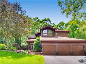 Photo of 12048 Gantry Lane, Apple Valley, MN 55124 (MLS # 5243522)