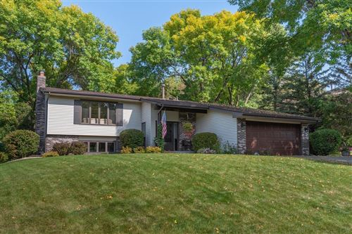 Photo of 10000 Buckingham Drive, Eden Prairie, MN 55347 (MLS # 5665525)