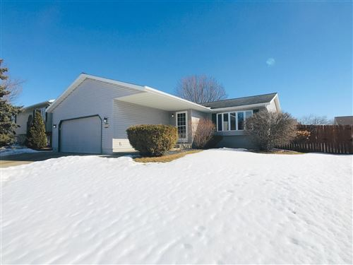 Photo of 826 Emerald Lane NW, Rochester, MN 55901 (MLS # 5718538)
