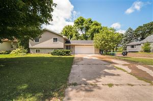 Photo of 7680 Knollwood Drive, Mounds View, MN 55112 (MLS # 5280541)