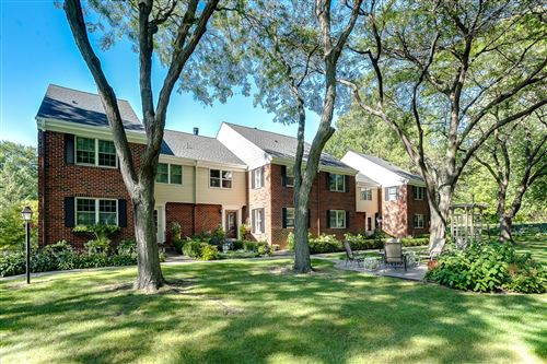Photo of 1136 Ivy Hill Drive, Mendota Heights, MN 55118 (MLS # 5653542)