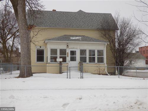 Photo of 18 Jefferson Street SE, Hutchinson, MN 55350 (MLS # 5704542)