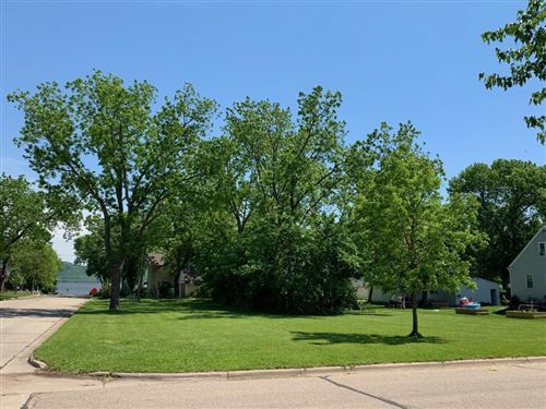 Photo of 726 N Oak Street, Lake City, MN 55041 (MLS # 5575544)