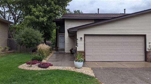 Photo of 9100 Hemlock Lane N, Maple Grove, MN 55369 (MLS # 6073552)