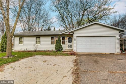 Photo of 1425 Carriage Hills Drive S, Cambridge, MN 55008 (MLS # 5733553)