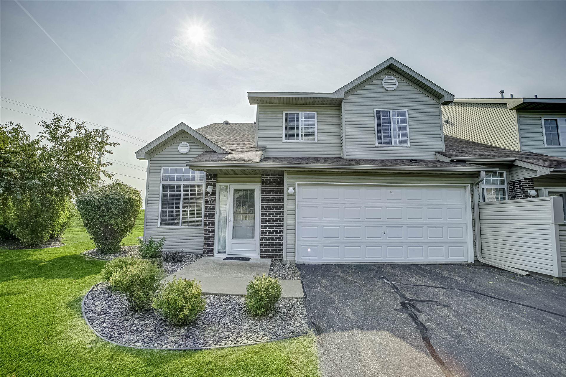 2446 Oakridge Circle, Hudson, WI 54016 - MLS#: 5657554