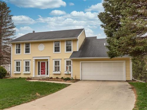 Photo of 1009 Foxcroft Circle SW, Rochester, MN 55902 (MLS # 5740562)