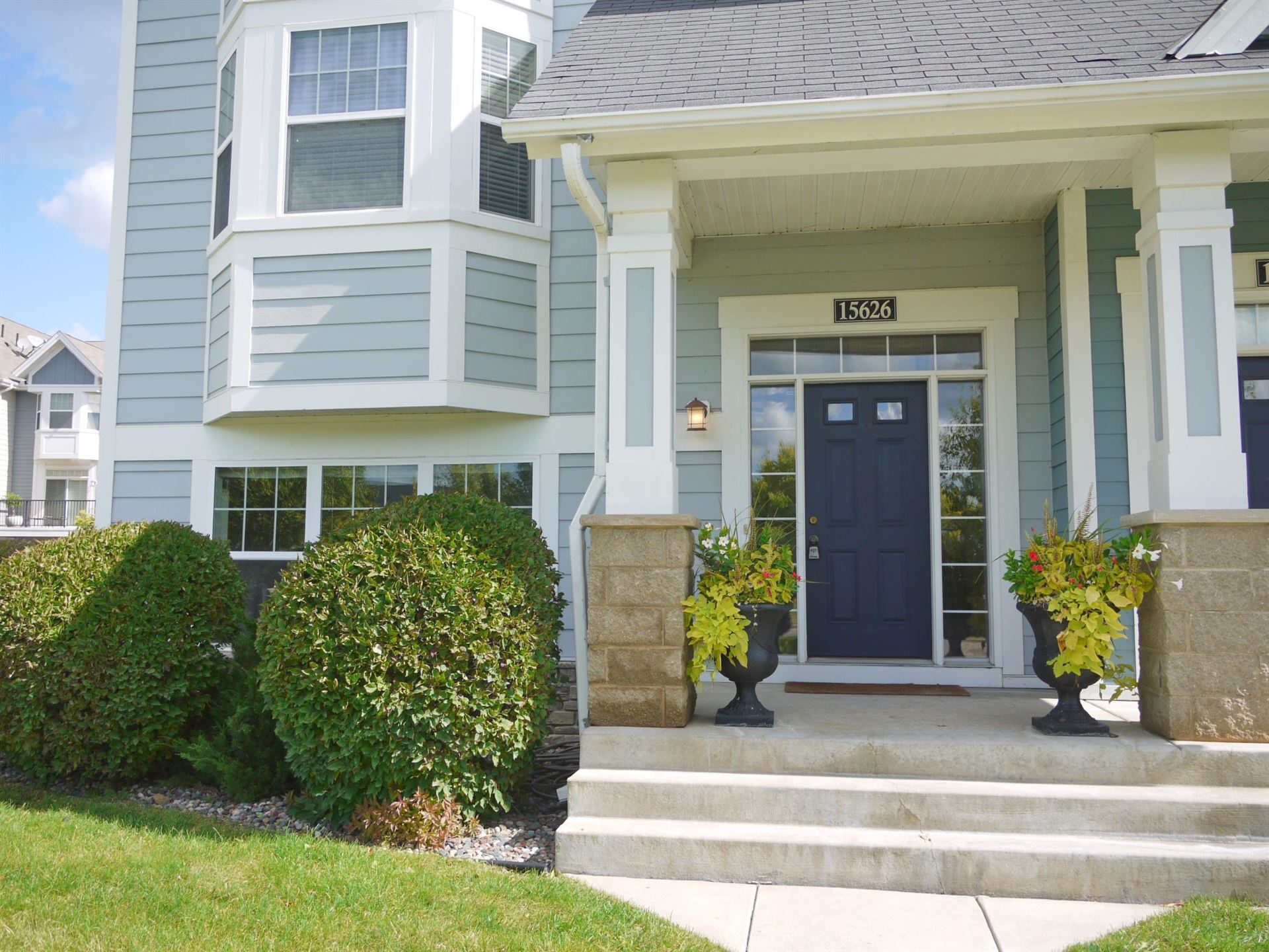 Photo of 15626 Eagle Bay Drive #1801, Apple Valley, MN 55124 (MLS # 6103573)